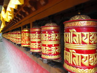 Gebedsmolentjes aan Kumjung gompa