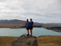 Geposeerde foto vanaf Mount John