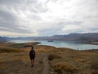 Terugwandelen met zich op Lake Tekapo