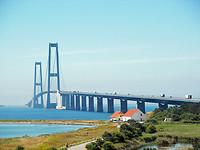 Storebæltsbroen_from_Sjælland