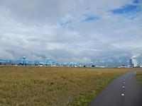 Altijd indrukwekkend de skyline van de Maasvlakte (2)