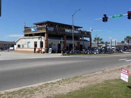 Restaurant vol met bikers