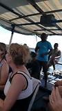 gezellig samen zingen op de boot