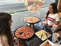 16 inch pizza