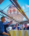 Restaurant met uitzicht op Galata toren