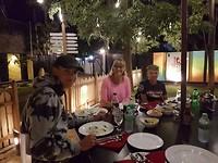 Eerste curry bij Tuk tuk wine and dine