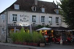 Het hotel, restaurant, de bar