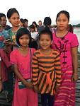 Birmezen op de U-bein brug