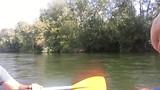Moeilijke blik: valt niet mee om te video-en in een wiebelende kano