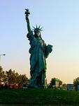 Replica Vrijheidsbeeld, 12 meter hoog
