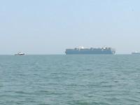 Giga vrachtschip 400 meter lang