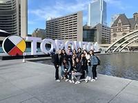 Toronto, Walking tour