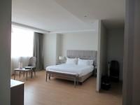 Vooruit, onze laatste hotelkamer. 70m2