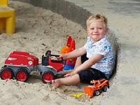 Heerlijk spelen in de zandbak