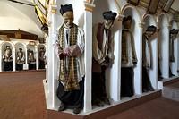 Koudounaris_Gangi-Sicily-mummified-priests