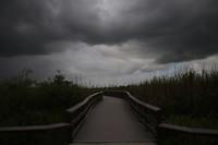 Donkere wolken pakken zich samen...