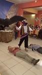 369 Vicky zegt ja tegen folkloristische dans