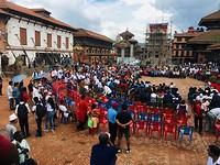 Drukte op het plein van Bhaktapur