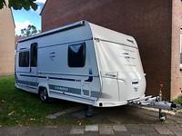 Caravan weer voor de deur