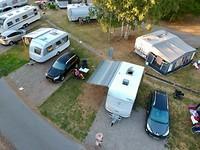 Onze caravan met Hetty