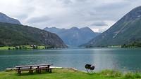Het meer voor Strynsvatn Camping, gezien vanaf Mindresunde Camping