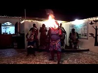 Optreden dansgroep Djola Stam -  Serrekunda