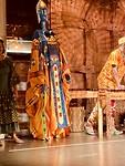 Dansgroep bij Afrikaans restaurant Gold