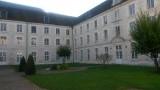 binnentuin Maison Notre Dame en L'Isle