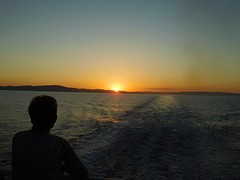 Zonsondergang op de boot naar Naxos