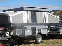 De Coleman hefdak caravan, zoals wij in 1998 al hadden, wordt veel mee gereden in IJsland