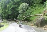 Na de zware storm waren er flink wat aardschuivingen geweest