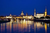 260px-Dresden_from_Albertbrücke