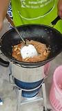 Deze lieve mevrouw maakte ons ontbijt (Pad Thai)