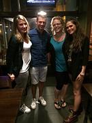 Met Rayna en Chrissy