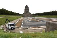 Volkerslachtdenkmal vijver