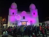 """Religieus feest: """"straatorkesten"""" verzamelen bij de kerk"""