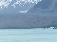 Dat witte ijs in het midden, daar gaat Tasman Glacier nog 18 km verder de bergen in