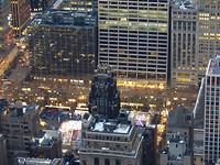 View op Rockefeller Plaza (met Kerstboom) vanaf Empire State Building