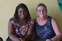 Samen met de directrice Mpame Ebob