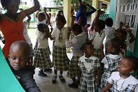 Oefenen voor het dansen op de laatste schooldag