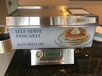 Pancakes machientje bij ontbijt