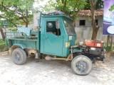 60)Deze rijden veel in Laos