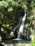 28) Idylische waterval