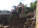 14) Keldergat graven