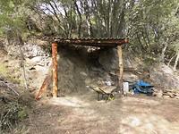 16) Paul bouwt in een dagje een hooihok