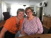 Bij mams op bezoek