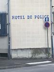 Poliltiehotel in Nevers 😂