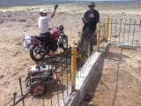 Karretje aan het hek gelast als massa ;)