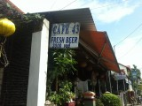 Cafe 43, topplek voor eten en goedkoop bier!