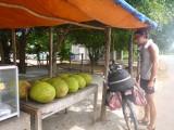 Chiel koopt jackfruit!